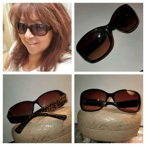 Coach - Evie Graffiti Sunglasses